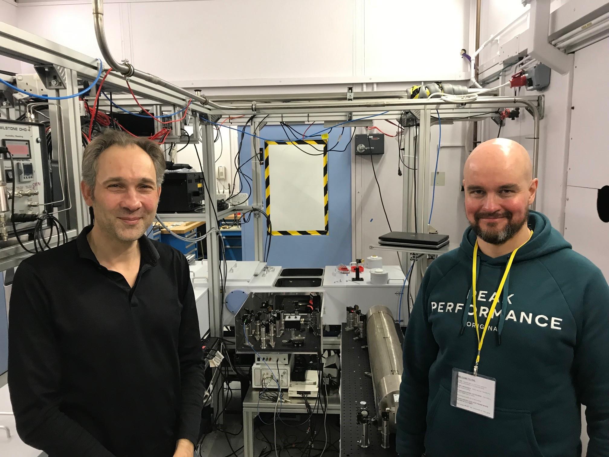 Damien Weidmann (left) and Seppänen (right) at the Rutherford Appleton Laboratory